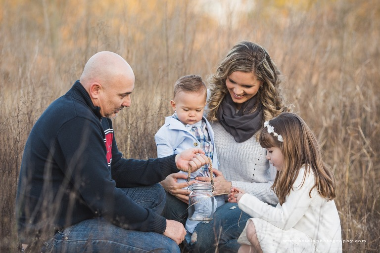 Family Moments in Outdoor Photography Session